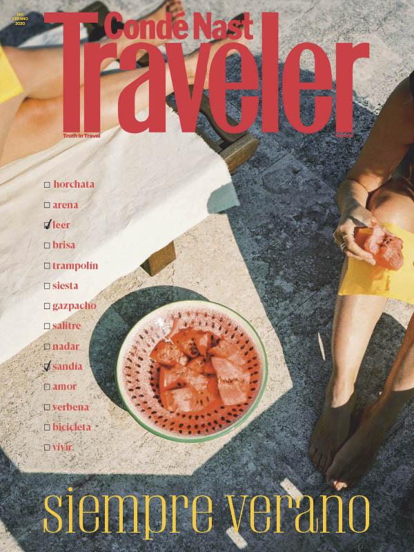 Portada de la revista Conde Nast Traveller julio 2020
